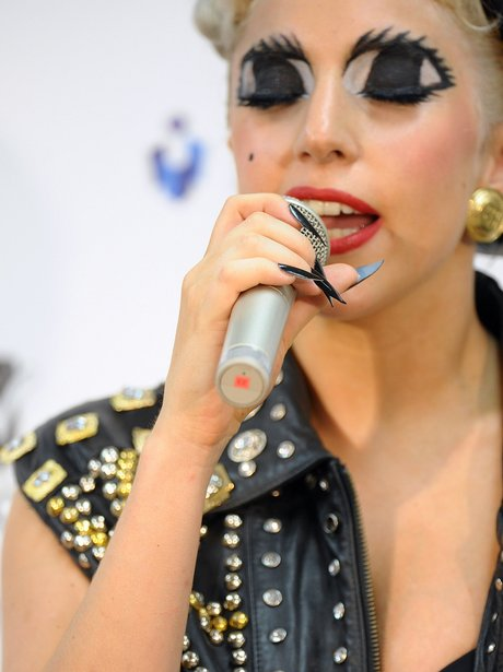 lady gaga mtv music aid