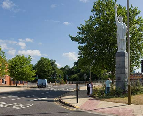 Leicester Monument