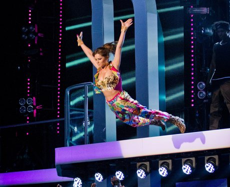 Cheryl Cole swan diving on The Voice