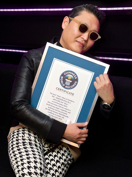 PSY Guiness World Record Certificate