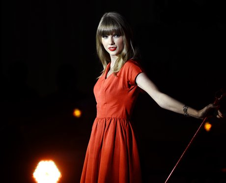 Taylor Swift turns on the Christmas lights at Westfield