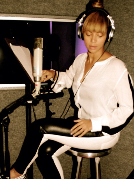 Beyonce in the studio