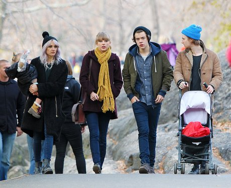 Harry Styles and Taylor Swift at the zoo