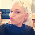 Jessie J having her hair died