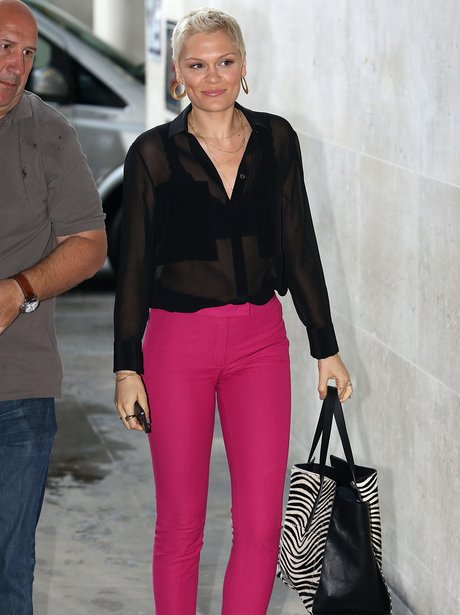 Jessie J in pink trousers