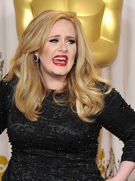 Adele picks up her award