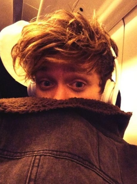 The Vamps Connor Ball S Best Selfie Pictures Capital