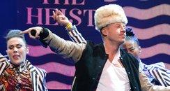 Macklemore & Ryan Lewis perform live in Los Angele