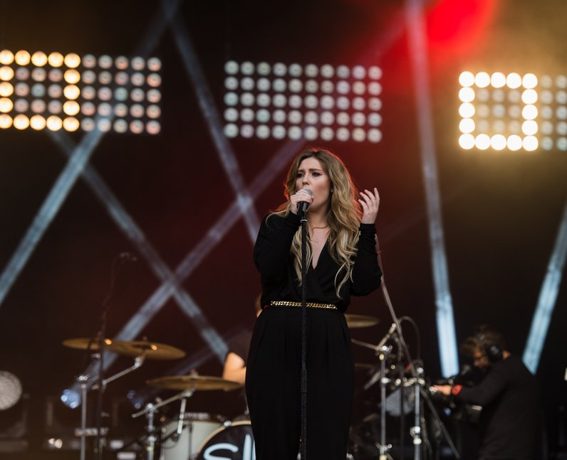 Ella Henderson on Stage at Fusion Festival