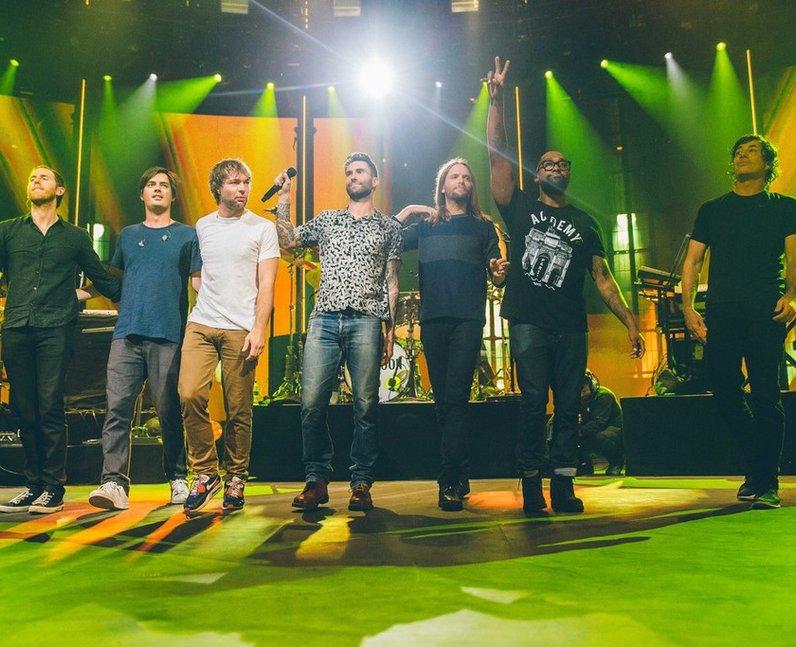 Maroon 5 iTunes Festival 2014