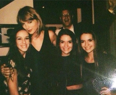 Taylor Swift Dad Photobomb
