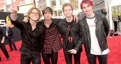 5SOS at the American Music Awards 2014