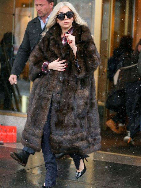Lady Gaga wearng a fur coat