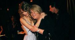 Taylor Swift and Mum